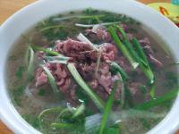 日本のフォーはベトナムと全然違う? 本場の麺にはない「コシ」が存在