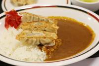 北海道名物ぎょうざカレーを東京で食べる 「みよしの」初めて味わった感想は…