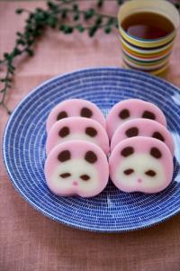 まるで米粉のアート? 信州の春の餅菓子「やしょうま」がレシピ本に