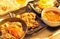 吉野家の牛丼、1500円で食べ放題 「吉呑み酒場」がスゴかった!