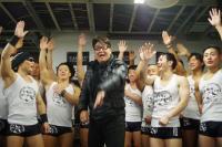 嶋大輔とふなっしー登場。マッチョだらけのアイドルグループ「男の勲章」熱唱の筋肉ライブを堪能してきた