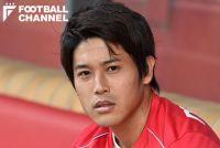 内田篤人が練習中に負傷。「左足の肉離れ」とクラブが発表