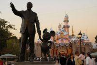 ディズニーランドの「古地図」 オークションで1億円突破か