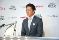 鷹・川島、FA権行使せず倍増7000万円の2年契約「ここで野球人生を終えたい」