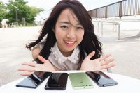 2017年夏のスマホカメラ四天王「Xperia XZ Premium」「Galaxy S8+」「HUAWEI P10 Plus」「AQUOS R」徹底比較(人物編)