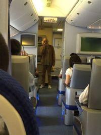 松山千春さんの神対応に反響 旅客機の出発が遅れる中で乗客に「大空と大地の中で」歌う