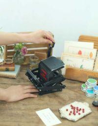 『大人の科学マガジン』最新号の付録「小さな活版印刷機」がすごいと話題に 「見た目がかわいい」「これは欲しい」