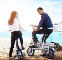 うぉ、意外と安い!? 「電動変形」する折りたたみ電動バイク「Airwheel R6」が登場