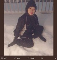 """「完全に小学生」 川栄李奈、大雪にはしゃいで""""インスタ萎え""""な顔を見せてしまう"""
