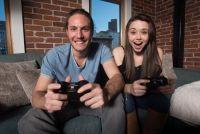 コンテンツ産業の市場規模、12兆円超 ゲームや動画好調に「ホンマか」!?