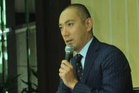 市川海老蔵 がん公表会見から1年…小林麻央支える家族の献身