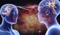 共感力が人並み外れ、常に他人の感情が流れ込んでくる。「エンパス」が負の感情にはまり込んでしまった時のサバイバルガイド