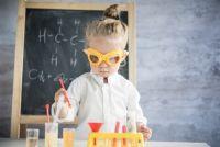 子どもの頃の経験がDNAを改変させる(米研究)