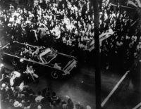新たに公開されたFBIの機密文書が明かすジョン・F・ケネディ暗殺事件に関する7つのエピソード
