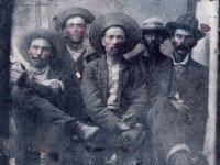 アメリカ、西部開拓時代の無法者、ビリー・ザ・キッドの写真がフリーマーケットで発見される?