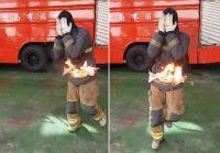 もしも衣服に火がついたら?覚えていて損はない。消防士が教えてくれた3ステップの消火方法