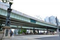 日本橋に空が戻り、東京は三度水の都となる