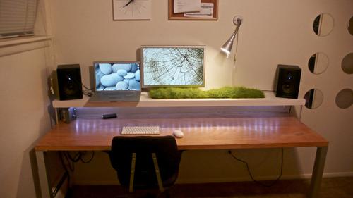 仕事場探訪:机上ラックを自作したらオーガニックな雰囲気に 2009年12月18日 エキサイトニュース