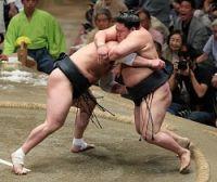 <大相撲>日馬富士が秋場所優勝 決定戦で豪栄道降す