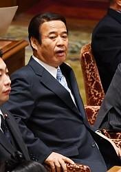 <自民・神谷議員>14年衆院選でも現金 忘年会で10万円