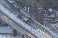 <大雪>乗らなきゃよかった首都高 山手トンネルで立ち往生