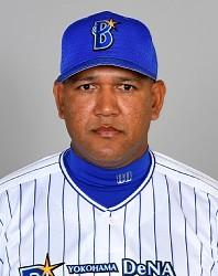 <プロ野球>DeNAのラミレス監督、日本国籍取得へ
