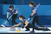 <五輪カーリング>日本がスウェーデンに逆転勝ち 2位浮上