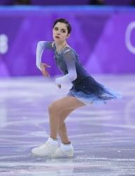 <五輪フィギュア>「きれいに滑るだけ」華麗メドベージェワ