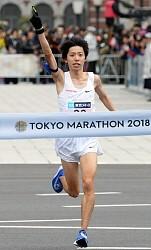 <東京マラソン>チュンバがV 設楽は日本新記録で2位