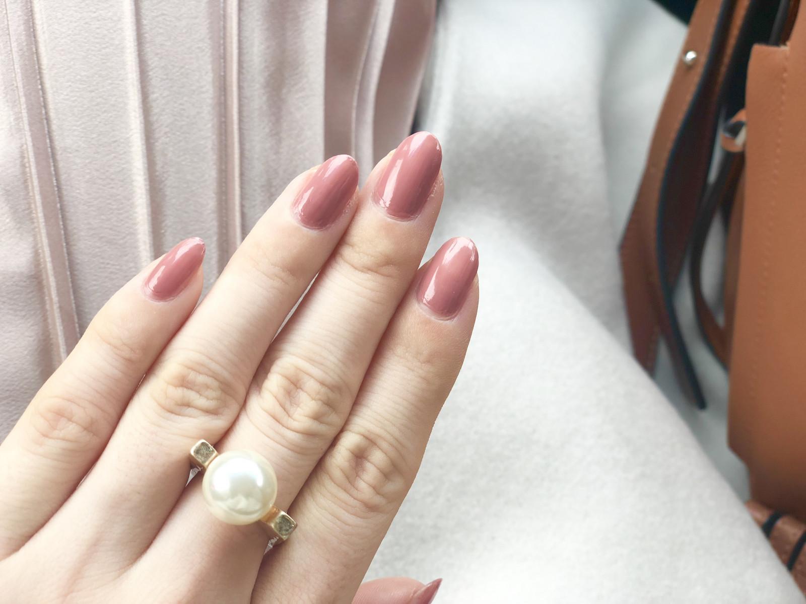 ルナソルのローズベージュがオススメ♡ , ローリエプレス