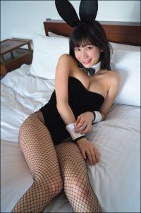 「網タイツがエロすぎ」小倉優香、人生初のバニー衣装に絶賛巻き起こる