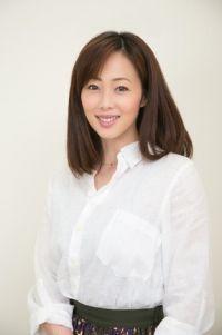 井上和香、入院は胆のう摘出手術だった ブログで説明「ご心配おかけしました」