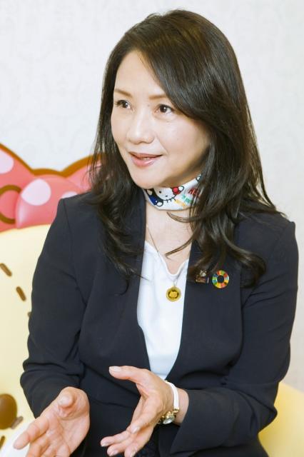 https://s.eximg.jp/exnews/feed/Oricon/Oricon_2142028_ba4b_1.jpg
