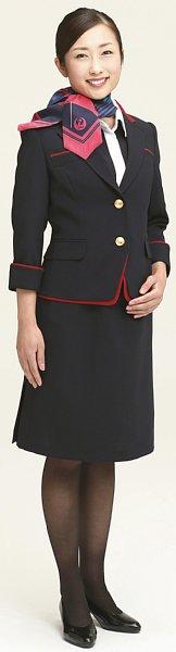 JALのCA制服 ミニスカワンピースが廃止された背景