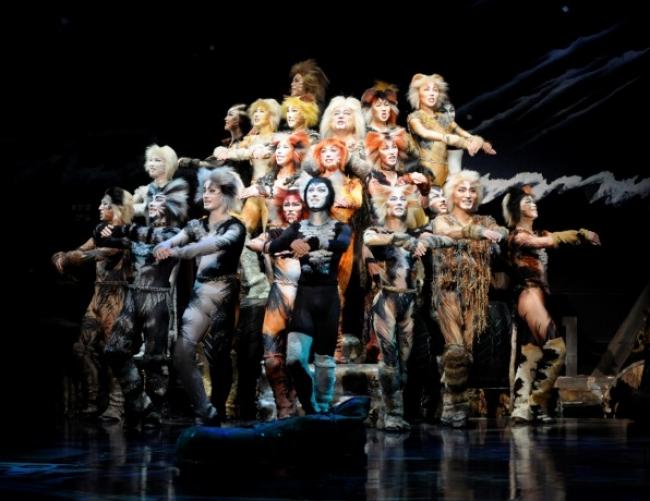 劇団四季ミュージカル『キャッツ』 アデランスがキャッツのヘアを担当 ~1983年の日本初演より~