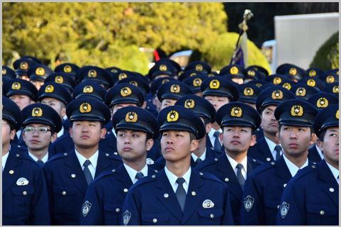 警察官の「巡査長」と「巡査部長」の大きな格差 (2020年1月29日 ...