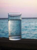 私が大切にしていた日本のガラスのコップ―中国コラム