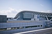 日本の空港に足止めされた中国人男性、中国大使館に助け求める―中国紙
