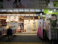 韓国の伝統はどこへ?日本のはかまにそっくりの韓服が人気上昇で物議=韓国ネット「もはや韓服じゃない」「さすがに日本っぽいのは絶対駄目でしょ」