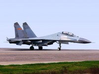 中国ステルス戦闘機J-20、空母搭載するには技術的問題多すぎる―中国退役将軍