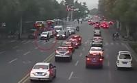 中国の交通マナーに変化、6車線30台が一斉に歩行者に道譲る=その理由を中国ネット論議