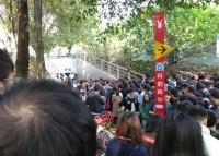 地下通路が乗り捨てられたシェア自転車で塞がれ大渋滞に―中国