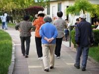 中国の高齢化、例のないスピードで加速―米華字メディア