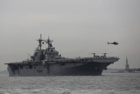 米NYで「フリートウィーク」始まる、艦船が次々と寄航