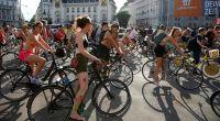 ウィーンのイベント「裸でサイクリング」、自転車利用をPR