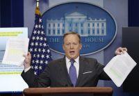 スパイサー米大統領報道官が辞任、スカラムチ氏が新広報部長に
