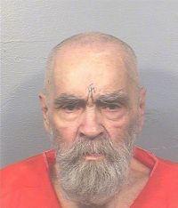 米女優ら連続殺人のチャールズ・マンソン受刑者が死去、83歳