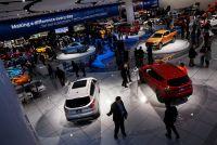世界の自動車メーカー、EV開発に総額900億ドル投資計画