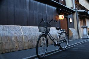 おお! 日本にも「城管」がいるのか! わが国と違って「てきぱき」と作業=中国報道