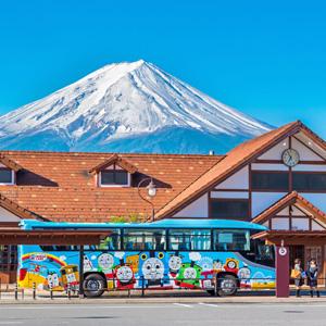 割り込まない、騒がない・・・バス停で待つ日本人の姿に「文明と秩序」を見た=中国報道